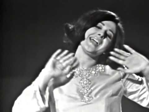 Cristina y Los Stop, 1967, Tres Cosas Hay En La Vida Salud, Dinero y Amor'