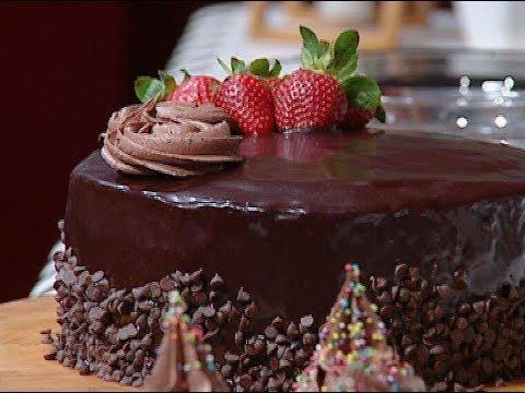طريقه عمل توروته الشوكولاته وكب كيك الشوكولاته رطب وطرى من غفران كيالي فى هيك نطبخ