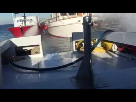 Long Beach Fire rescue six people as a 39-foot yacht slowly sinks off Long Beach coast