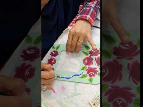 Folk Art Class – Round brush rose