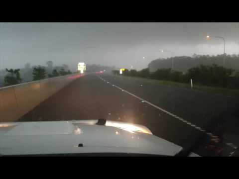 Bruce Hwy @ Coles Creek (South of Gympie) - Supercell with giant (9cm) hail