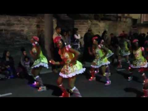 Xquisite Style Dance Group At Santa Parade Hamilton Nov 27 2011
