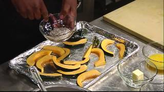Learn How To Make Roasted Acorn Squash With Chefrli