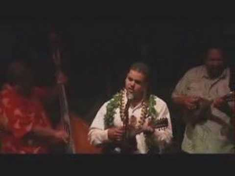 Stephen Young winning vocalist : Hapa Haole Festival 2007