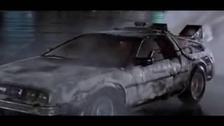 Фото машины времени из фильма Назад в Будущее