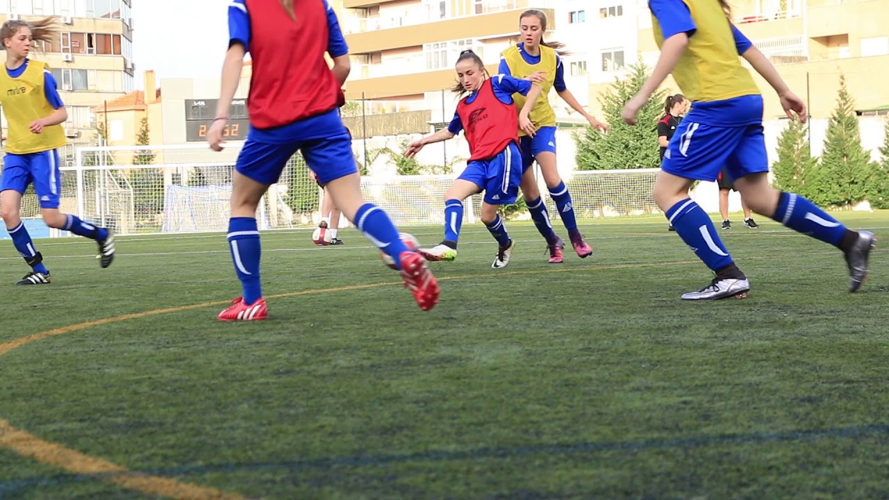 Английские школы с футболом