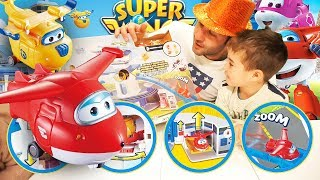 Nuovi episodi italiano dei Super Wings, la Torre di Controllo con Jett e Donnie. Apriamo il gioco!