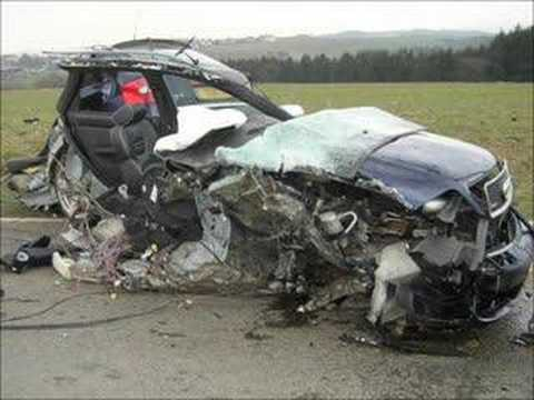 AUDI RS6 CRASH ACCIDENT at Luxembourg 200km/h