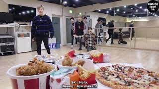 Video [INDO SUB] Stray Kids Mukbang Party! download MP3, 3GP, MP4, WEBM, AVI, FLV Agustus 2019