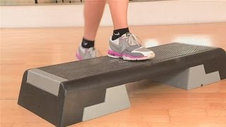 Домашний фитнес для женщин - Степ-АЭРОБИКА(Чем хороша степ-аэробика? Степ-аэробика является великолепным кардиотренингом – укрепляет не только сердц..., 2014-09-05T21:29:01.000Z)