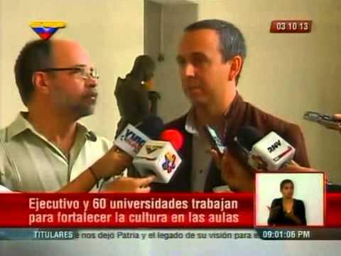 Ministros Fidel Barbarito y Pedro Calzadilla reunidos con directores de cultura de universidades