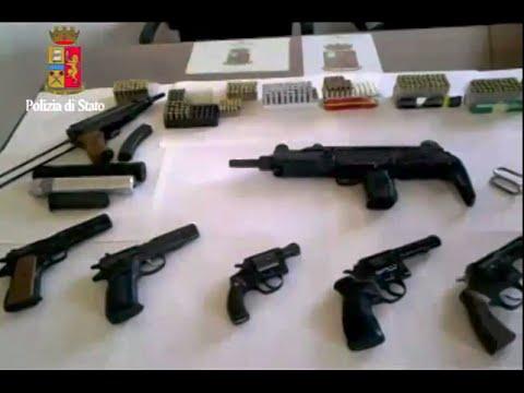 Arsenale di Armi Sequestrato da Polizia di Bari - Video