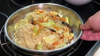 How to stirfry vermicelli (beehoon) without breaking it 炒米粉 (如何避免弄断米粉)