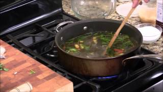 How To Make Thai Hot And Sour Soup With Shrimp-tom Yum Goong