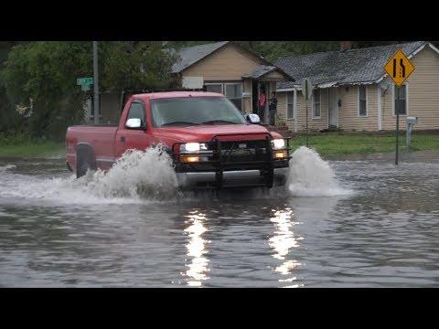 Great Bend, KS Severe Storms & Street Flooding - 5/18/2017