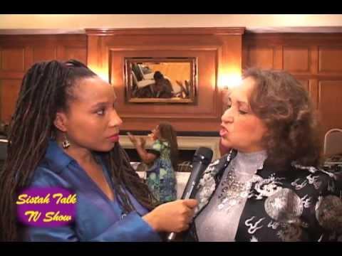"""DAPHNE MAXWELL REID - """"Aunt Viv Gets Pioneer Award"""" - with SISTAH TALK TV SHOW host DIETRA KELSEY"""