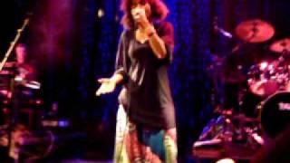 Nneka - VIP ( Vagabond in Power)