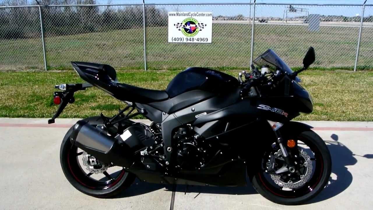 Street Motorcycle April 2014