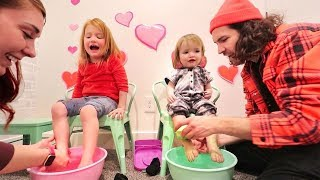 FAMiLY SPA inside our HOUSE!!  Adley surprise princess makeover and Niko has first manicure 💅