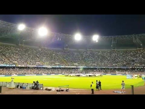 Napoli-Nizza, l'urlo The Champions dello stadio San Paolo