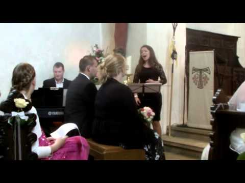 Hochzeitssängerin Julie Ann Power of Love Cover