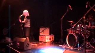 12 Life Goes On / Let's Not Keep Fucking Up  - Wendy James / Racine 2005