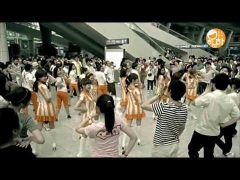SNSD Hahaha samsung campaign CF 2 girls generation incheon airport