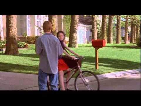 ± Free Streaming Little Secrets (2001)