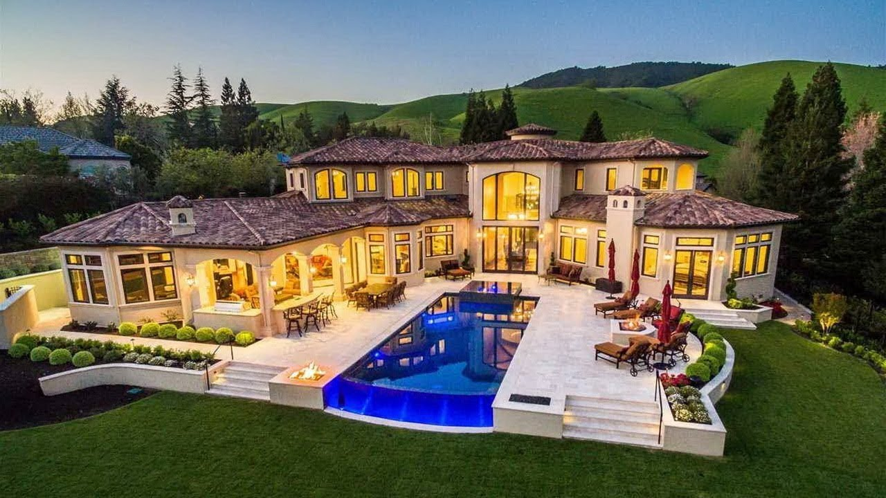 Luxury and Beautiful California Home With a Great Backyard ...