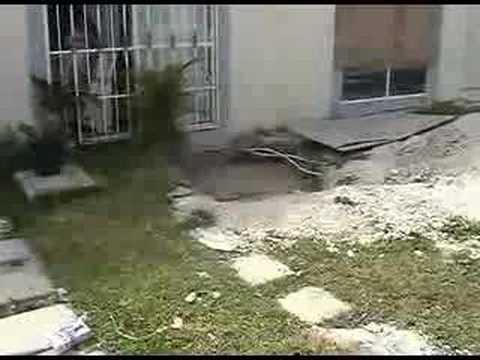 Consorcio ara construye casas en cenotes youtube - Casas en llica de vall ...