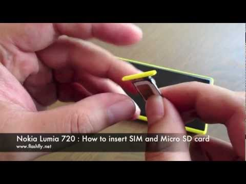 Nokia Lumia 720 : How to insert SIM and Micro SD card