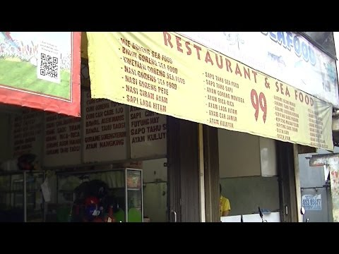 Jakarta Restaurant 32  Seafood 99 Restaurant  making Chicken Rice Flush Nasi Siram Ayam