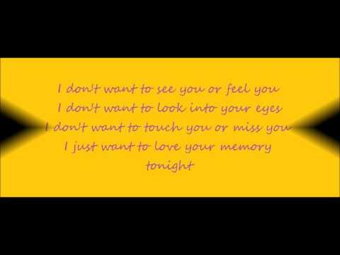Love Your Memory - Miranda Lambert (Lyrics On Screen)