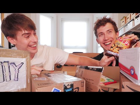 International JOLLY MAIL TIME!! Opening TIME SENSITIVE Boxes!?📦📦⁉️