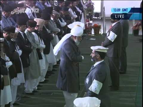 World Peace Leader And Khalifa Of Islam Leads Friday Prayers At Largest Muslim Convention