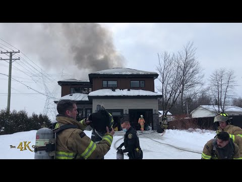 Mascouche: Modern house heavily damaged in daytime fire 2-20-2021