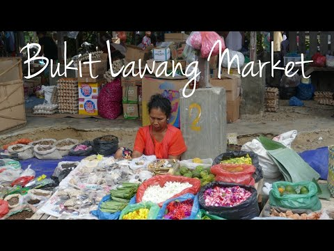 Traditional Bukit Lawang Friday Market, Sumatra - Indonesia