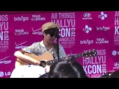 130824 KCON ♥ 유승우 (Yoo Seung Woo) ~ Hello Fancam + Adorable English