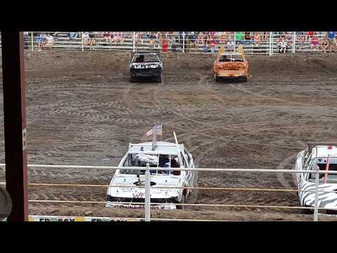 2017 saunders county fair wahoo nebraska demolition derby compact class