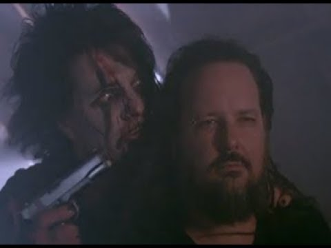 Korn's Jonathan Davis stars in Criss Angel's new 'Mindfreak' video opener..