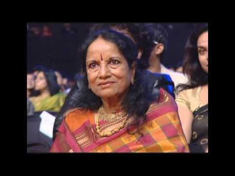 Vijay Prakash & Swetha Menon - Gracious Performance in MMA South 2013