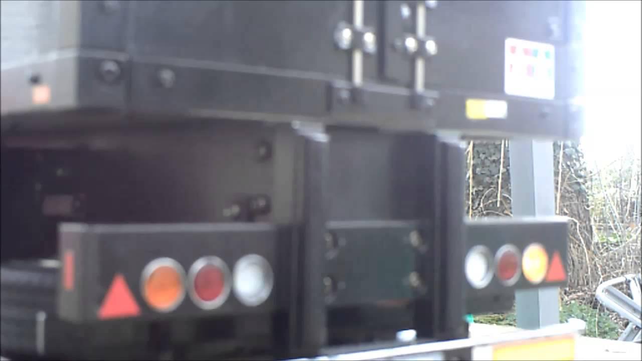 Bluetooth Trailer lights test - YouTube