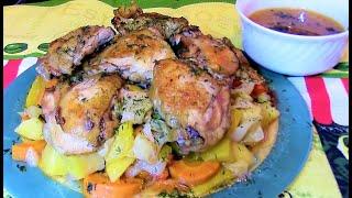 Овощное рагу с курицей в духовке - сочно , ароматно и очень вкусно !
