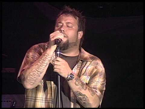 UNCLE KRACKER In A Little While 2011 live