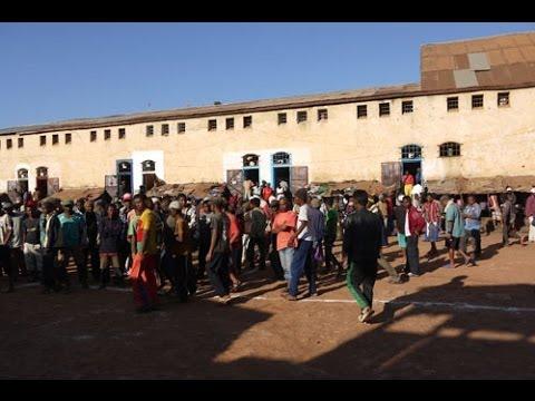 """Résultat de recherche d'images pour """"Madagascar, prisons,"""""""