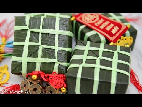 Square Sticky Rice and Mung Bean Cakes / Lunar New Year Cake (Banh Chung)