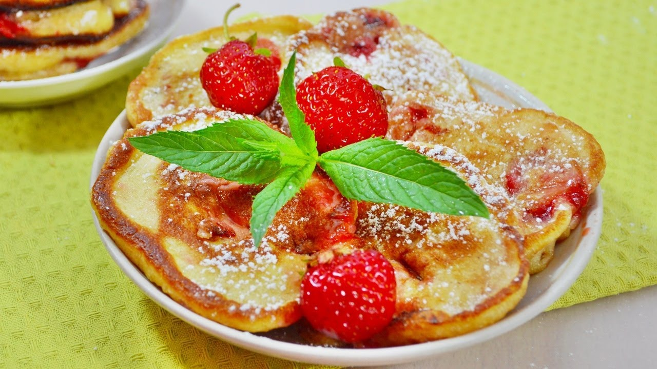 Нереально вкусные ДРОЖЖЕВЫЕ ОЛАДЬИ с клубникой - как ленивые пирожки!