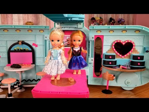 LOL Camper ! Elsa and Anna toddlers - surprise toy