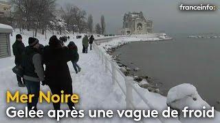 La mer Noire partiellement gelée après une vague de froid en Europe centrale - franceinfo:
