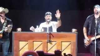 Sugar - Luke Bryan (Live) with Dustin Lynch and Randy Houser